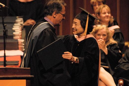 바이올리니스트 정경화, 美 음악학교에서 명예박사 학위 수여 받아