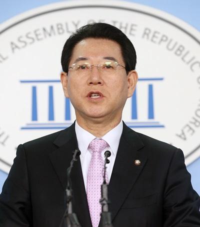 '전교조 법외노조 판결' 새정치민주연합 김영록 수석대변인. /사진=뉴스1