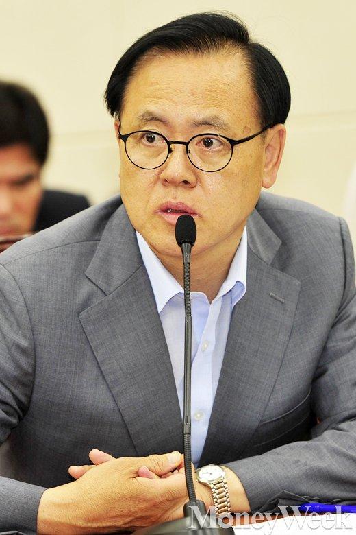 [MW사진] 국회 메르스 대책 특위, '여당 간사로 선출된 이명수 의원'