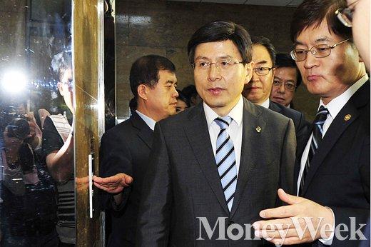 [MW사진] '결정적' 한방없이 끝난 황교안 인사청문회