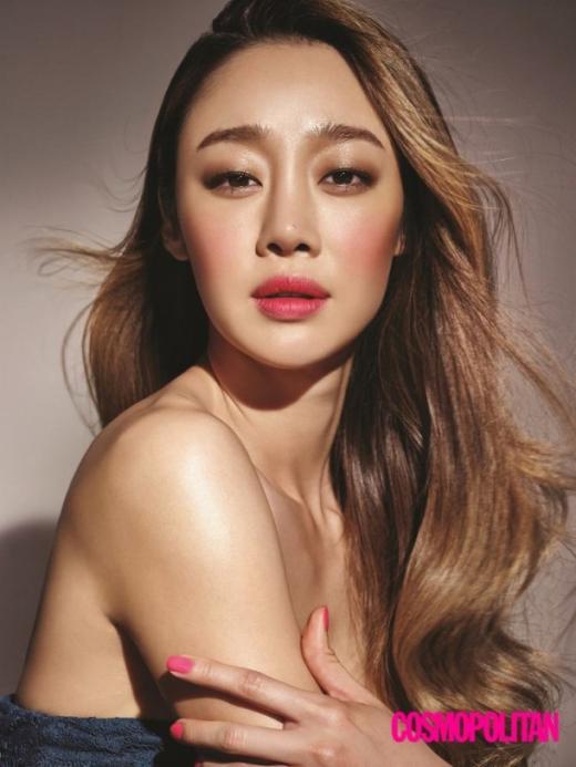 '우월한 몸매' 최여진, 건강한 매력 돋보이는 '여름 메이크업' 선봬