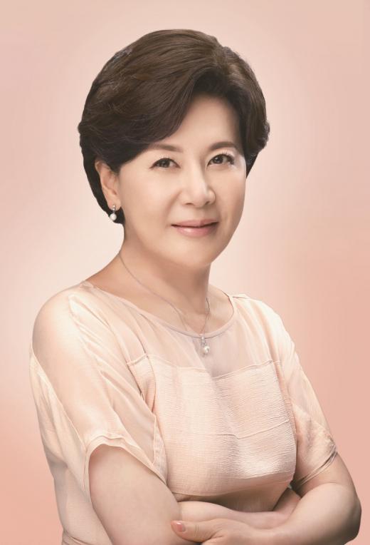 여성가발 브랜드 하이모레이디, 신규 모델로 배우 박정수 발탁