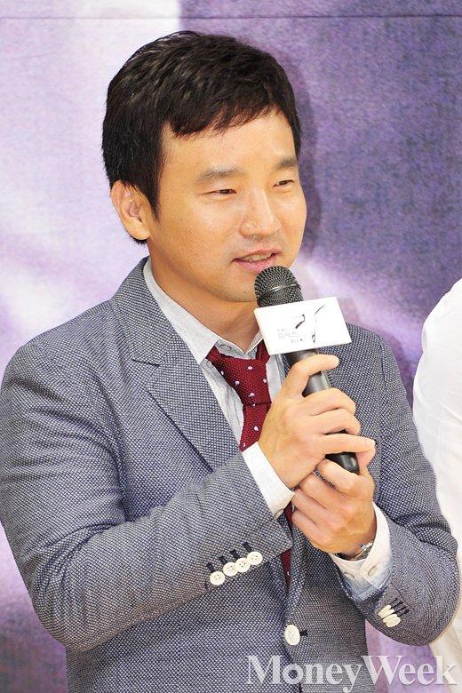 """[MW사진] '미세스캅' 유인식 PD """"김희애 시궁창에서 굴려도 우아하다"""""""