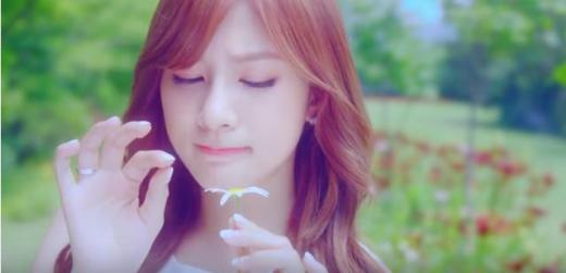 """[영상]에이핑크 꽃잎점 뮤직비디오…""""팬들 사랑에 대한 작은 선물"""""""