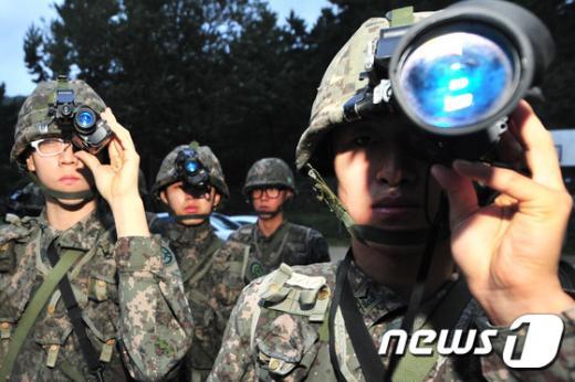'북한 잠수함' '대북확성기 방송' /사진=뉴스1
