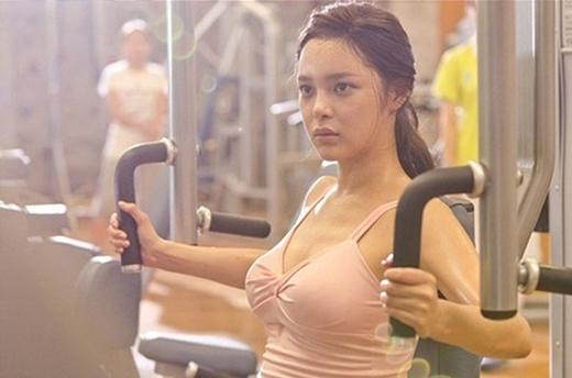 박시연, 운동 중에도 숨길 수 없는 섹시 본능... 입은거야 벗은거야?