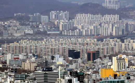 강남 아파트 단지 압구정 현대아파트 일대. /자료사진=머니투데이