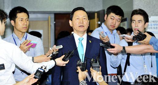"[MW사진] 새정치연합 중앙위원회, 김상곤 ""이제 또 다른 시작"""