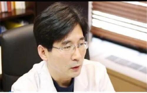 """강남역 늘푸른비뇨기과 """"발기부전치료 생각보다 간단...치료 후 더 크고 단단해져"""""""