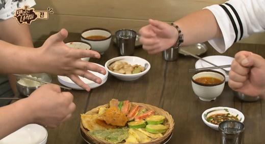 '추석음식 칼로리'./사진=코미디TV <맛있는 녀석들> 방송 화면 캡쳐.