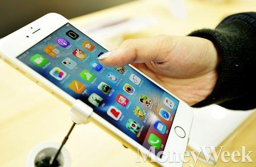 아이폰6S. /사진=임한별 기자