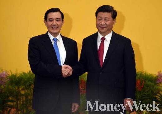 마잉주 대만 총통(왼쪽)과 시진핑 중국 국가 주석. /사진=머니위크DB