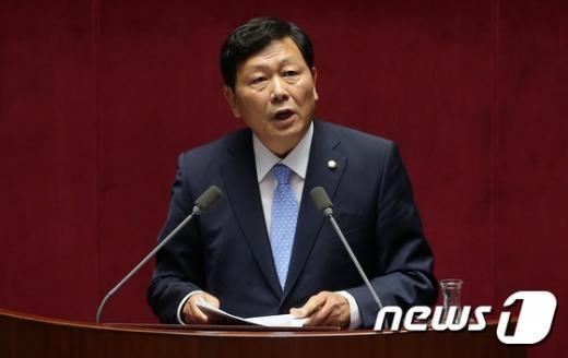 새정치민주연합 강동원 의원. /자료사진=뉴스1DB