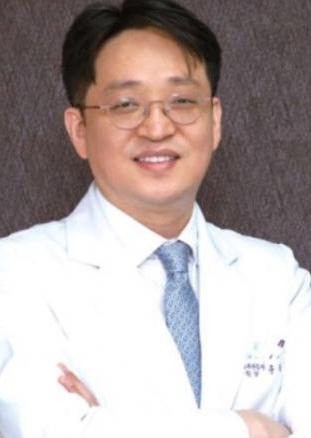 [유정수원장의 척추건강이야기⑥] 추워지면서 심해지는 퇴행성 무릎 관절염 증상, 치료는?