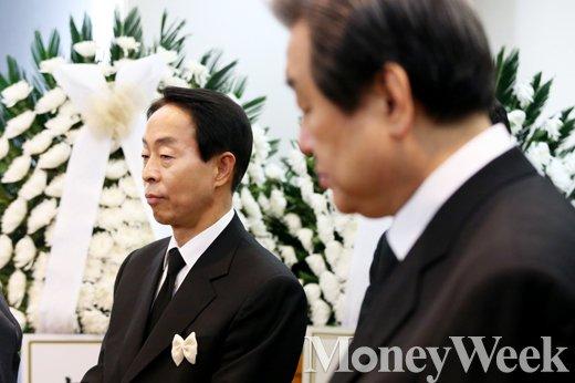 [MW사진] 김영삼 아들 김현철과 정치적 아들 자처한 김무성
