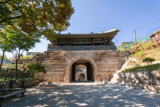 4소문 중 서북쪽 문 '서울 창의문' 보물 지정…18세기 양식 간직