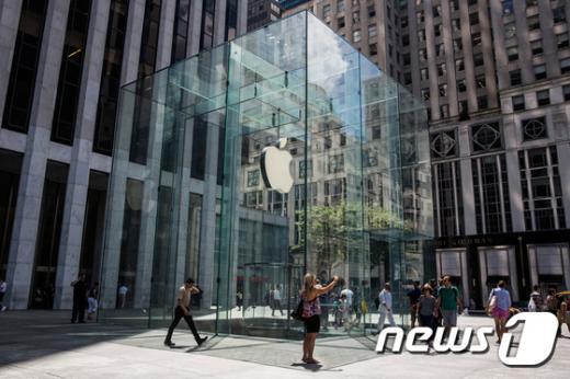 뉴욕 5번가에 위치한 애플 스토어. /사진=뉴스1