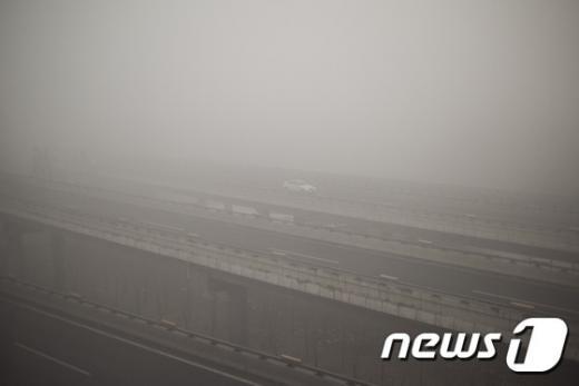 '베이징 스모그' 베이징이 스모그에 덮여 있다. /사진=뉴스1(AFP제공)