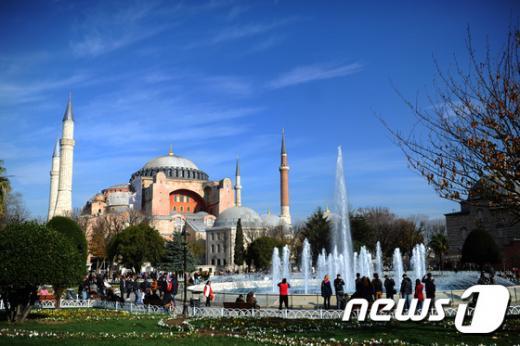터키 이스탄불 술탄아흐메트광장 인근 아야소피아 성당의 모습. /사진=뉴스1(AFP 제공)