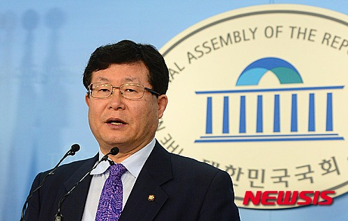 '권노갑 탈당' 더불어민주당 설훈 의원. /자료사진=뉴시스