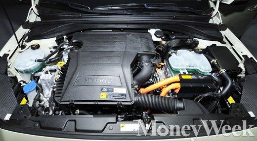 [MW사진] 아이오닉, 하이브리드 전용 '신형 카파 엔진' 탑재