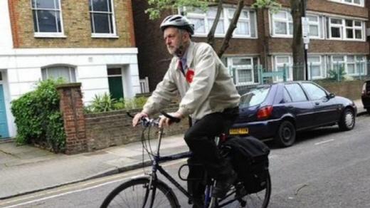 자전거를 주요 교통수단으로 이용하는 코빈 영국 노동당 당수. /사진='Let's get Jez his dream bike!' 크라우드펀딩 페이지