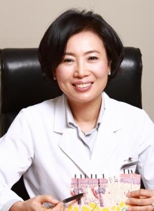 부작용 없는 기미 치료, 피부과 찾아 기미 종류에 따라 치료