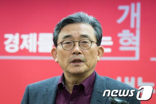 이한구 새누리당 공천관리위원회 위원장. /사진=뉴스1