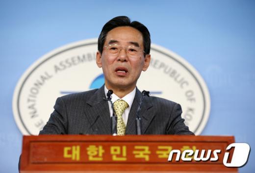 홍창선 더불어민주당 공천관리위원장. /사진=뉴스1