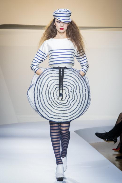 '장 폴 고티에 전' 기념 쿠튀르 패션쇼 열려