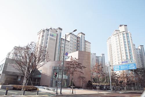 공공임대주택 판교백현마을 8단. /사진제공= LH