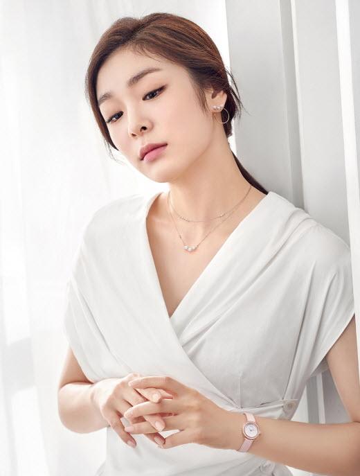 ▲'라르테(L'arte)' 주얼리를 착용한 김연아