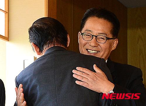 국민의당 차기 원내대표로 추대된 박지원 의원. /자료사진=뉴시스