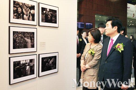 [MW사진] 제52회 한국보도사진전, '원유철-심상정 이목 붙잡은 현장사진'