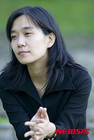 한강이 맨부커상을 한국인으로는 처음으로 수상했다. /자료사진=뉴시스
