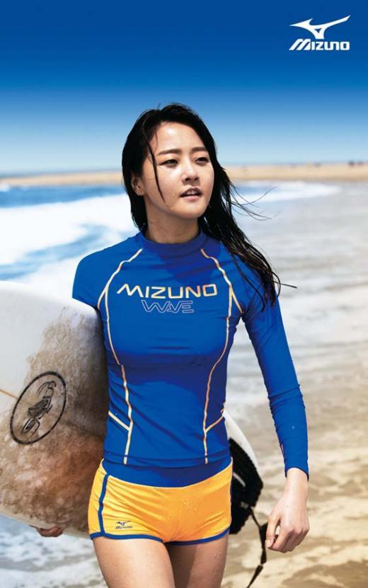 모델 강승현, 여름 잇템 '래쉬가드' 화보 공개