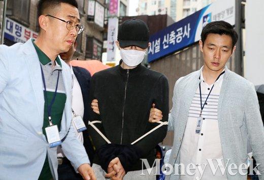 """[MW사진] 강남역 살인 피의자 유가족에 사과, """"원한 없기에 미안하다"""""""