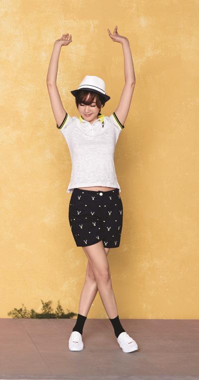 와이드앵글, 여름 라운딩룩 '패턴 숏팬츠' 출시