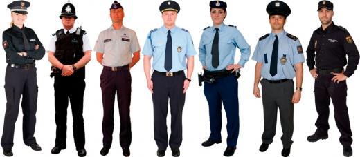 경찰 제복. 왼쪽부터 독일, 영국, 벨기에, 헝가리, 네덜란드, 체코, 스페인 경찰. /자료사진=해외 디자인사이트 'Design and Government'