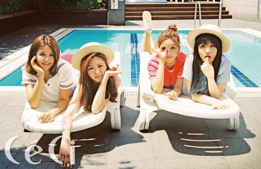 걸그룹 CLC, 5개 국어부터 악기연주까지…발랄한 일곱 소녀들 모여