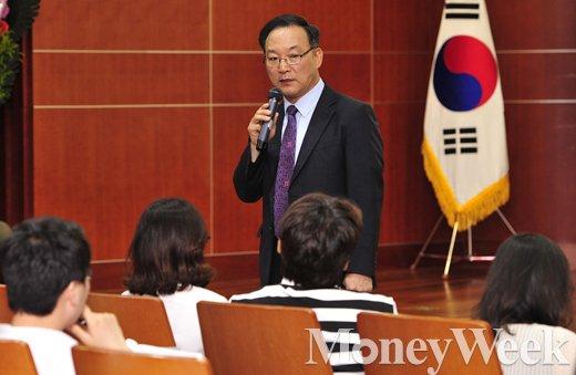 [MW사진] 제2회 머니톡콘서트, 강연하는 권대중 명지대 부동산대학원 교수
