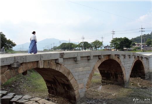 일제강점기,보물 제304호 벌교 홍교가 주민들의 저항으로 살아났다. 현대사 속에선 소설 '태백산맥'에 등장한다. /자료=본문 이미지