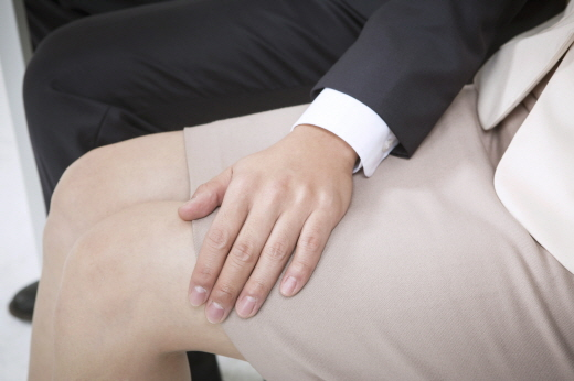 여제자에게 자신의 성기 사진을 보내는 등 성추행을 한 박 모 전 서울대 교수에게 법원은 유죄를 선고했다. /사진=이미지투데이