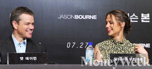 [MW사진] 제이슨 본 내한 기자회견, '웃음터진 맷 데이먼과 알리시아 비칸데르'