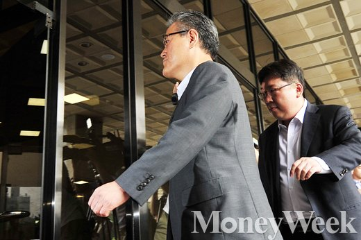 [MW사진] 롯데홈쇼핑 강현구 사장, 검찰에서 무슨 말 할까