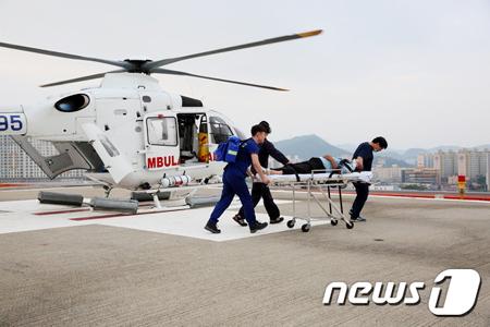 목포한국병원 닥터헬기, 섬 주민 생명 지킴이 '톡톡'
