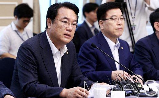 """[머니S포토] 정진석, """"내년 예산편성 만전 기하겠다"""""""