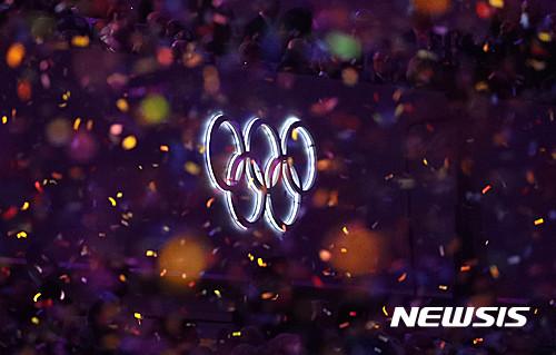 리우 올림픽 개막식 현장에 보이는 오륜기 상징. /사진=뉴시스