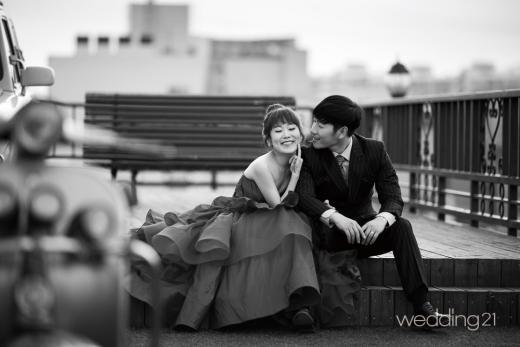 박슬기 웨딩 화보 공개, '감출 수 없는 유쾌함'