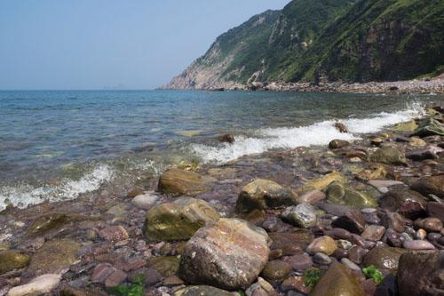 몽돌(빠돌)해수욕장.